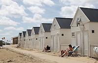 Nederland Katwijk  2016.  Vakantiehuisjes op het strand.  Foto Berlinda van Dam / Hollandse Hoogte