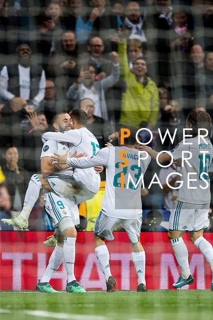 Karim Benzema of Real Madrid celebrates his second goal with teammates during the UEFA Champions League Semi-final 2nd leg match between Real Madrid and Bayern Munich at the Estadio Santiago Bernabeu on May 01 2018 in Madrid, Spain. Photo by Diego Souto / Power Sport Images