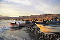 Fishermen form Dagmar village at Quriyat cost