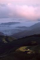 Europe/France/Aquitaine/64/Pyrénées-Atlantiques/Pays de Cize: Le col d'Haltze et la chapelle Saint-Sauveur