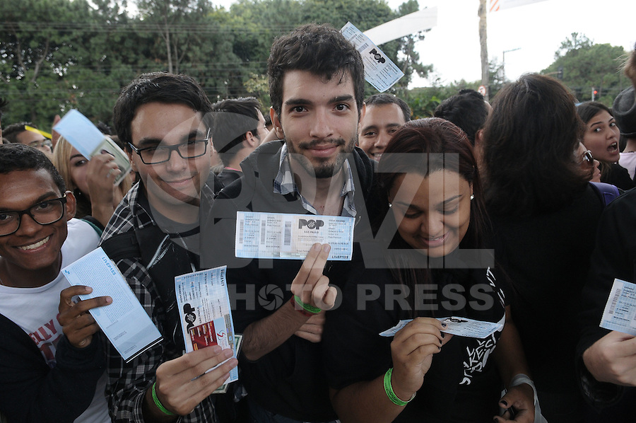 SAO PAULO, SP, 23 JUNHO 2012 - POP MUSIC FESTIVAL -  Publico durante o Music Pop Festival no Anhembi na regiao norte de Sao Paulo neste sábado, 23. (FOTO: FRANCISCO CEPEDA / BRAZIL PHOTO PRESS).
