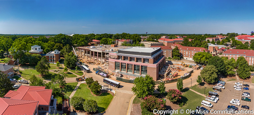 Construction on the new Student Union addition is well underway as the original Union begins to receive its new facade. Photo by Robert Jordan/Ole Miss Communications