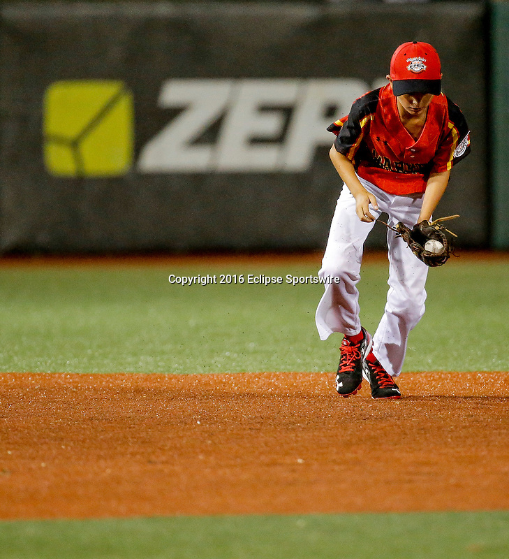 ABERDEEN, MD - AUGUST 01: Dyllon Barrett #10 of Bel Air (MD) fields the ball in the 2nd inning during a game between Pacific Southwest and Maryland during the Cal Ripken World Series at The Ripken Experience Powered by Under Armour on August 1, 2016 in Aberdeen, Maryland. (Photo by Ripken Baseball/Eclipse Sportswire/Getty Images)