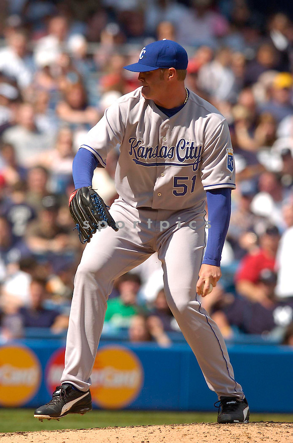 Andrew Sisco, of the Kansas City Royals in action against the New York Yankees in New York...Chris Bernacchi / SportPics