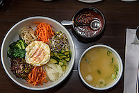 Bibimbab-Reis-Gem&uuml;se-Gericht, koeranisches Restaurant Han Mi, Rentzelstr. 36 , Hamburg, Deutschland<br /> Bibimbab-rice and vegetable dish, Korean  Restaurant Han Mi, Rentzelstr. 36 , Hamburg, Germany