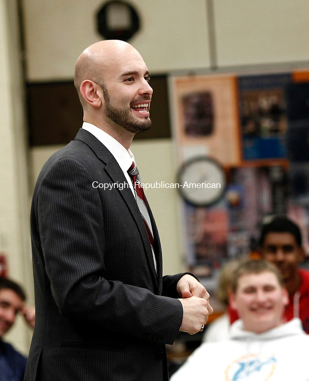 Naugatuck, CT- 25 September 2014-092514CM03-Michael Barakat,  a world class baritone singer  and Naugatuck High School alumni talks to students at the High School on Thursday.   Christopher Massa Republican-American