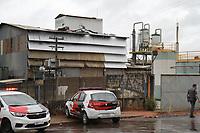 SUMARÉ, SP, 08.04.2019: ACIDENTE-SP - A explosão de um tanque de óleo em uma empresa de biocombustíveis de Sumaré, interior de São Paulo,deixou dois mortos na tarde desta segunda-feira (8). O acidente ocorreu por volta das 12h, quando um funcionário fazia a solda do equipamento, segundo os Bombeiros. A explosão provocou a queda dele e atingiu outro trabalhador. (Foto: Luciano Claudino/Código19)