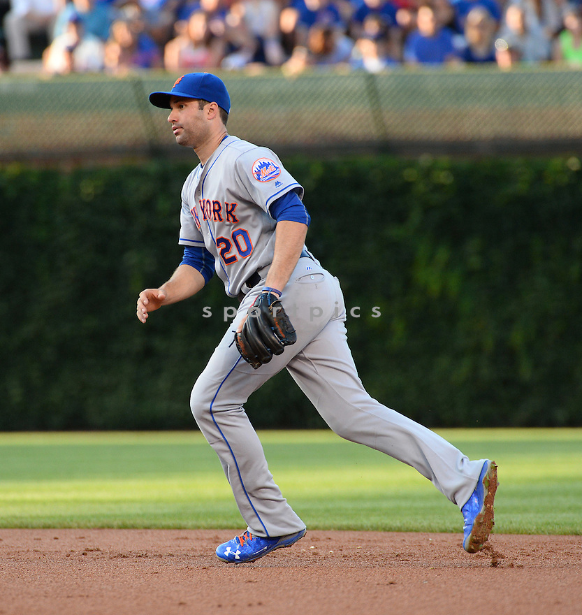 New York Mets Neil Walker (20) during a game against the Chicago Cubs on July 18, 2016 at Wrigley Field in Chicago, IL. The Cubs beat the Mets 5-1.