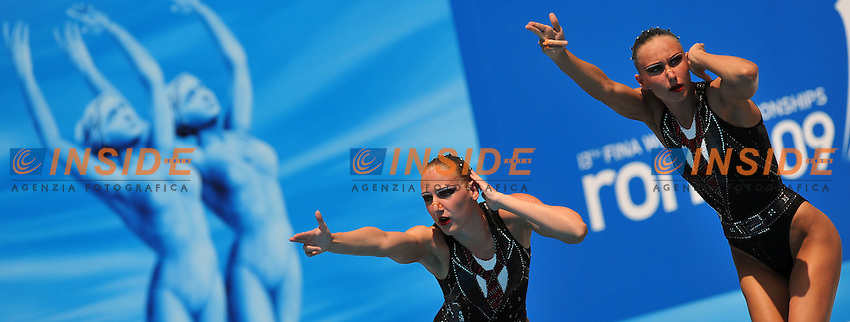 Roma 24th July 2009 - 13th Fina World Championships From 17th to 2nd August 2009....Synchronized swimming - Couple free routine..Natalia Ishchenko and Svetlana Romashina (RUS)....photo: Roma2009.com/InsideFoto/SeaSee.com
