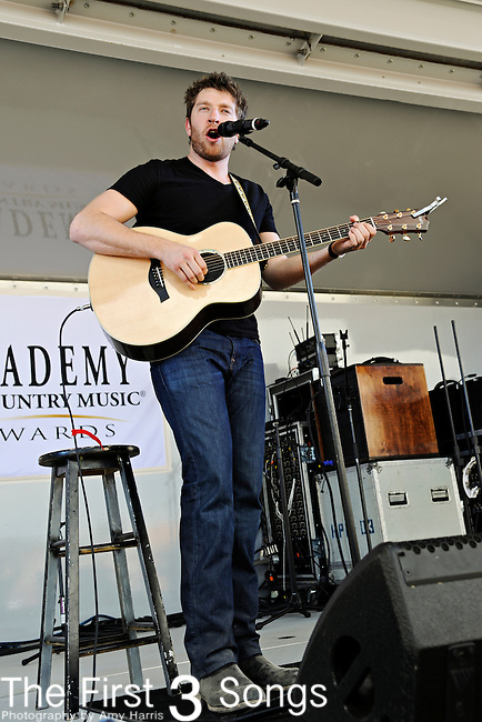 Brett Eldredge performs during the ACM / USO Concert Event on Nellis Air Force Base in Las Vegas, Nevada on April 2, 2011.