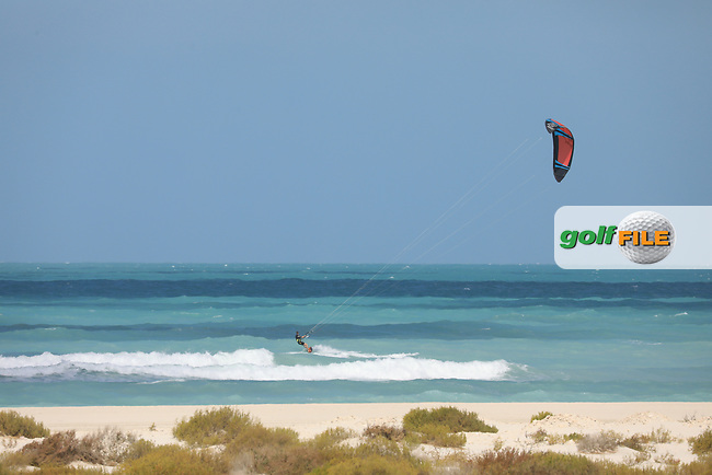 Kite surfer near the 7th tee during the second round of the Fatima Bint Mubarak Ladies Open played at Saadiyat Beach Golf Club, Abu Dhabi, UAE. 11/01/2019<br /> Picture: Golffile | Phil Inglis<br /> <br /> All photo usage must carry mandatory copyright credit (© Golffile | Phil Inglis)