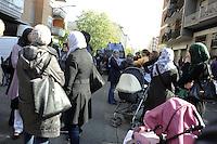 Roma, 31 Ottobre 2011.Sgomberato dalla polizia l'ex deposito ATAC San Paolo di Via Collina Volpi. I locali erano stati occupati da circa 20 famiglie di senzacasa
