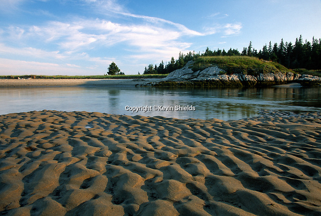 Southward view from Popham Beach, Phippsburg, Maine, USA
