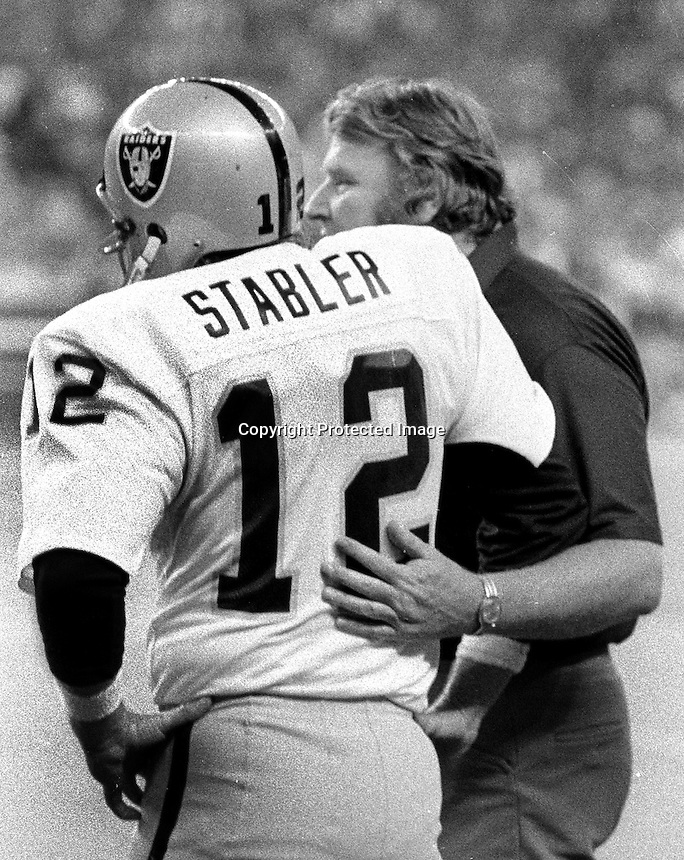 Raiders John Madden & Ken Stabler in Seattle, (1978 photo by Ron Riesterer)