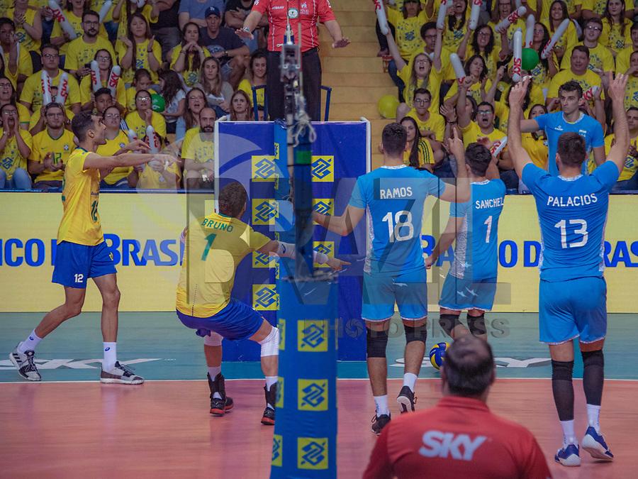 SÃO PAULO, SP. 31.08.2019 - ESPORTE-SP - A seleção brasileira de voleibol masculino enfrenta a seleção da Argentina, durante a temporada de Amistosos 2019, no ginásio da Lagoa do Taquaral, em Campinas/SP, neste sábado, 31. (Foto: Bruna Grassi / Brazil Photo Press)