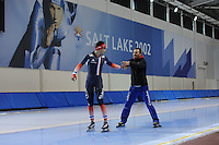 SCHAATSEN: SALT LAKE CITY: Utah Olympic Oval, 13-11-2013, Essent ISU World Cup, training, Benjamin Macé (FRA), Jan van Veen (trainer/coach Team Corendon), ©foto Martin de Jong