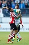 Nederland, Rotterdam, 15 mei 2014<br /> Jupiler Play-Offs<br /> Finale<br /> Sparta-FC Dordrecht<br /> Mimoun Mahi van Sparta (l.) en Paul Gladon van FC Dordrecht strijden om de bal