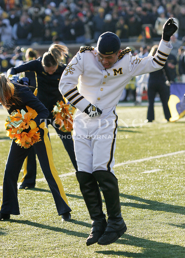 19 Nov 2005: Michigan drum major Dennis Lee dances with the Michigan Dance Team during Ohio State's 25-21 victory over Michigan at Michigan Stadium in Ann Arbor, MI.