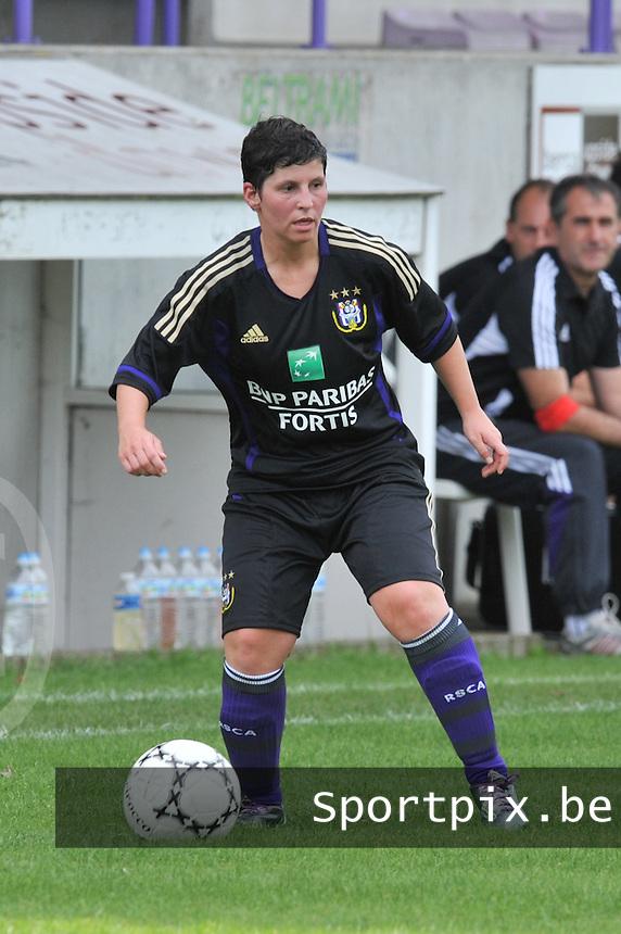 Rassing Harelbeke - RSC Anderlecht :  Kelly Paulus.fotografe Joke Vuylsteke - vrouwenteam.be