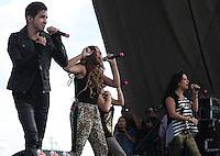 Oscar Schwebel y Mariana Ochoa<br /> durante su presentacion en el concierto Exa 2013 en Leon Guanajuato.<br /> (*Foto:TiradorTercero/NortePhoto*) ...<br /> ,OV7