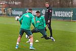 17.01.2020, Trainingsgelaende am wohninvest WESERSTADION,, Bremen, GER, 1.FBL, Werder Bremen Training ,<br /> <br /> <br />  im Bild<br /> <br /> Milos Veljkovic (Werder Bremen #13)<br /> Milot Rashica (Werder Bremen #07)<br /> Tim Borowski (Co-Trainer SV Werder Bremen)<br /> <br /> Foto © nordphoto / Kokenge