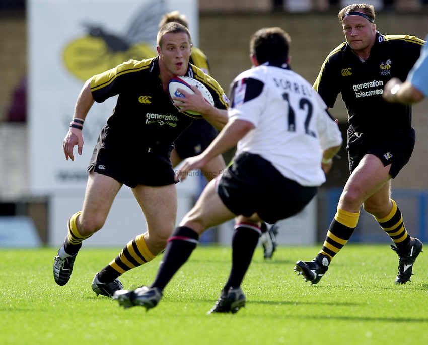 Photo. Richard Lane.London Wasps v Saracens. Zurich Premiership. 22/09/2002..Mark Denney