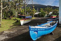 France, île de la Réunion, Saint Philippe, Le port et les barques des pêcheurs//  France, Ile de la Reunion (French overseas department), Saint Philippe, Port and fishing boats