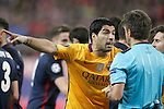 FC Barcelona's Luis Suarez have words with the italian referee Nicola Rizzoli during Champions League 2015/2016 Quarter-Finals 2nd leg match. April 13,2016. (ALTERPHOTOS/Acero)