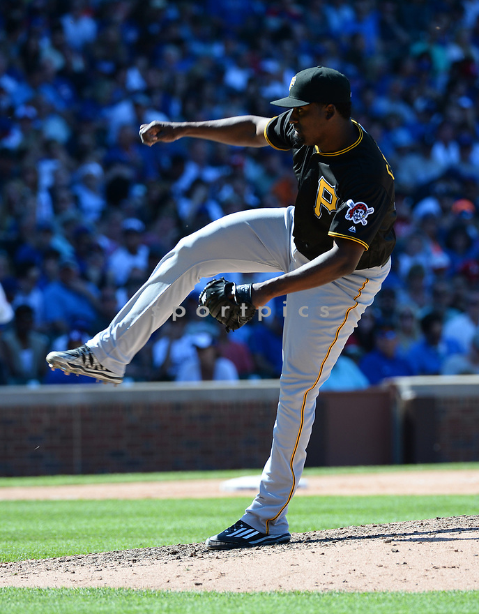 Pittsburgh Pirates Arquimedes Caminero (37) during a game against the Chicago Cubs on June 17, 2016 at Wrigley Field in Chicago, IL. The Cubs beat the Pirates 6-0.