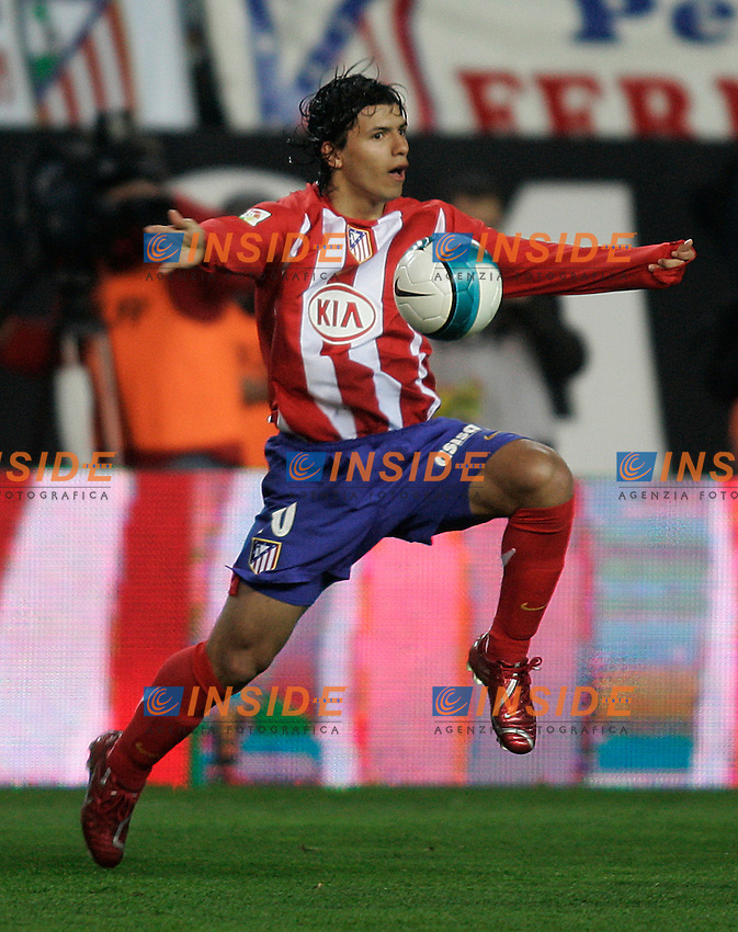 "Atletico de Madrid's ""Kun"" Agüero during  the Spanish League match between Atletico de Madrid and Real Madrid at Vicente Calderon Stadium in Madrid, Saturday February 24 2007. (INSIDE/ALTERPHOTOS/B.echavarri)."