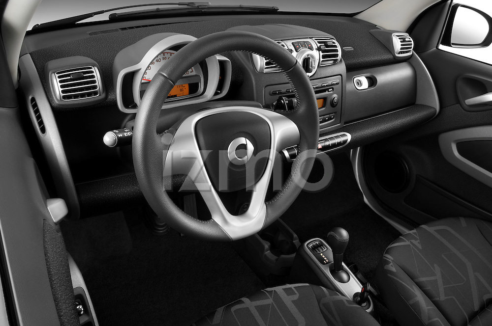High angle dashboard view of a 2008 Smartfortwo