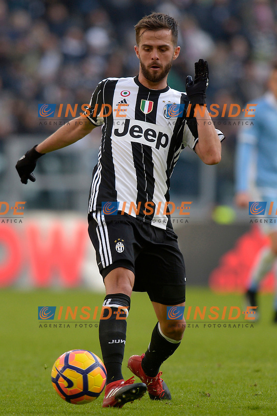 Miralem Pjanic Juventus <br /> Torino 22-01-2017 Juventus Stadium Calcio Campionato Italiano Serie A 2016/2017 <br /> Juventus - Lazio <br /> Foto Filippo Alfero Insidefoto