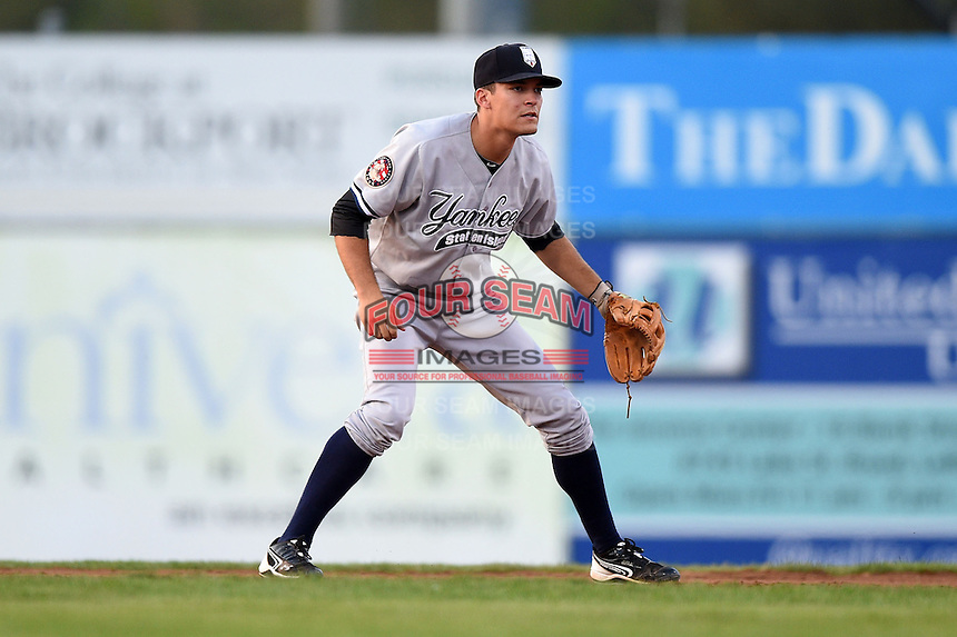 Staten Island Yankees second baseman Ty McFarland (14) during a game against the Batavia Muckdogs on August 8, 2014 at Dwyer Stadium in Batavia, New York.  Staten Island defeated Batavia 4-2.  (Mike Janes/Four Seam Images)