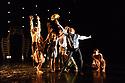 London, UK. 20.11.2018. Didy Veldman's Umanoove present THE KNOT in its London premiere, at The Place.  Dancers are: Oliver Chapman, Sam Costello, Mathieu Geffre, Mai Lisa Guinoo, Sara Harton, Dane Hurst, Angela Venturini. Photograph © Jane Hobson.