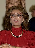 FILE -  Sophia Lorens<br /> autograph signing, September 17, 1986<br /> <br />  Photo : Pierre Roussel - Agence Quebec Presse