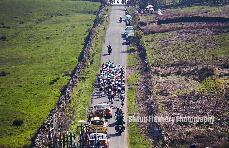 Picture by Shaun Flannery/SWpix.com - 06/05/2018 - Cycling - 2018 Tour de Yorkshire - Stage 3: Halifax - Leeds - Yorkshire, England<br /> <br /> The peloton .