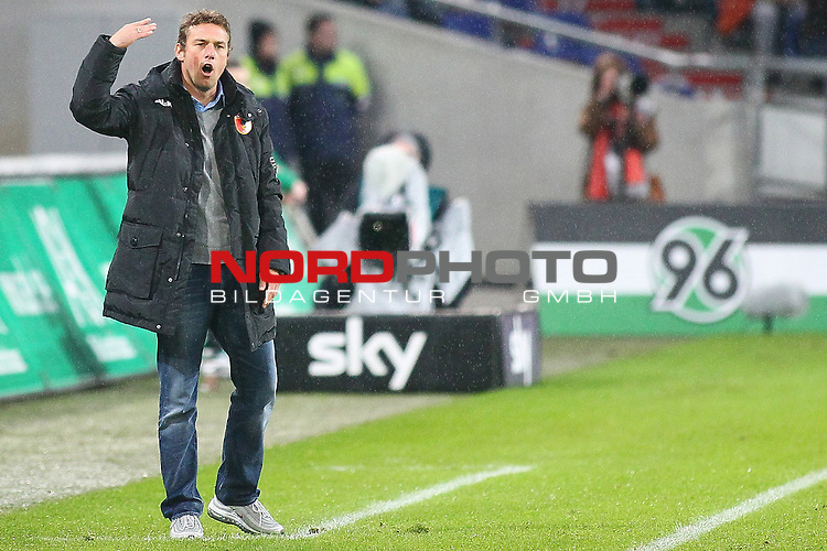 03.11.2012, AWD Arena, Hannover, GER, 1.FBL, Hannover 96 vs FC Augsburg, im Bild Markus Weinzierl (Trainer FC Augsburg) gibt anweisungen <br />  // during the Match GER, 1.FBL, Hannover 96 vs FC Augsburg,  AWD Arena, Hannover, Germany, on 03/11/2012,<br /> Foto &copy; nph / Schrader *** Local Caption ***
