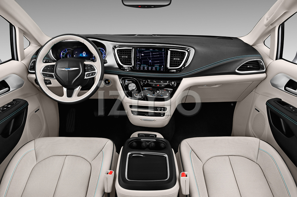 Stock photo of straight dashboard view of a 2017 Chrysler Pacific Hybrid Limited 5 Door Mini Van