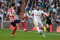 Real Madrid´s Isco Alarcon and Atletico de Madrid´s Sime Vrsalijko during La Liga match. February 1, 2020. <br /> (ALTERPHOTOS/David Jar)<br /> 01/02/2020 <br /> Liga Spagna 2019/2020 <br /> Real Madrid - Atletico Madrid  <br /> Foto Alterphotos / Insidefoto <br /> ITALY ONLY
