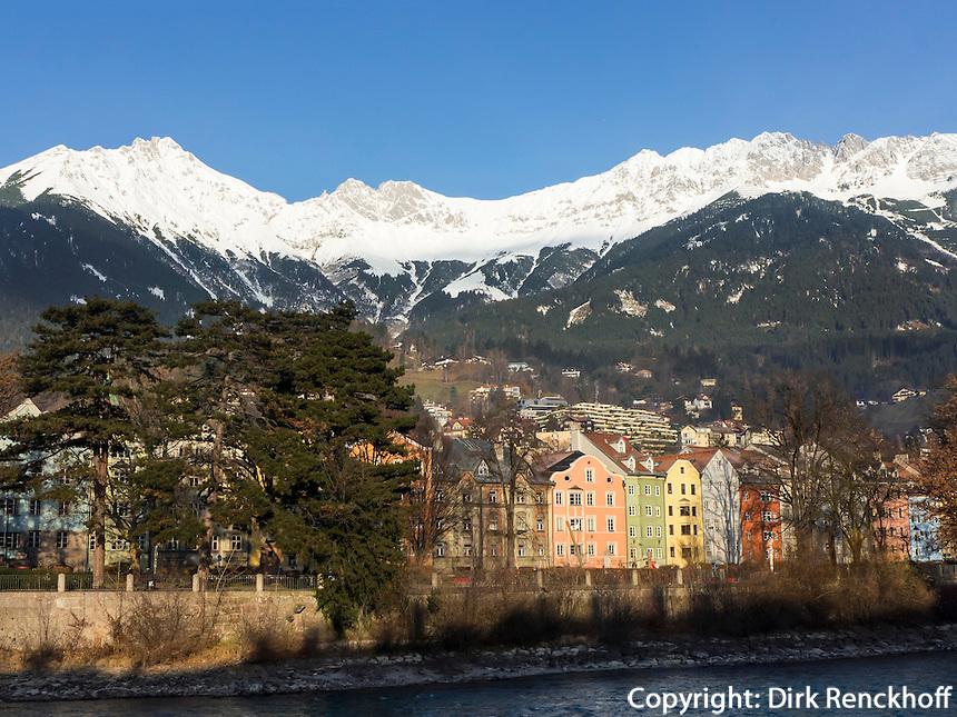 Inn-Ufer, Stadtteil St.Nikolaus und Karwendel-Gebirge, Innsbruck, Tirol, Österreich
