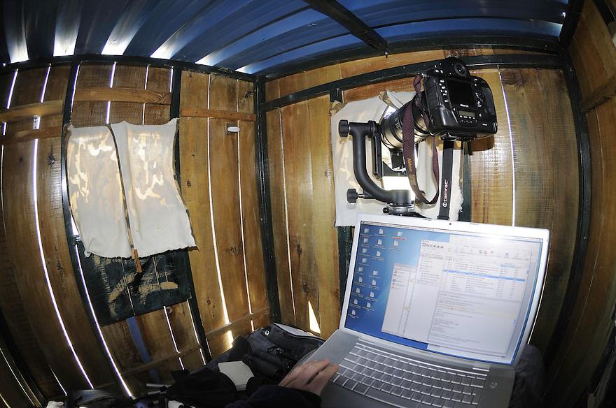 Staffan Widstrands gear in a hide for bustards, La Serena, Extremadura, Spain