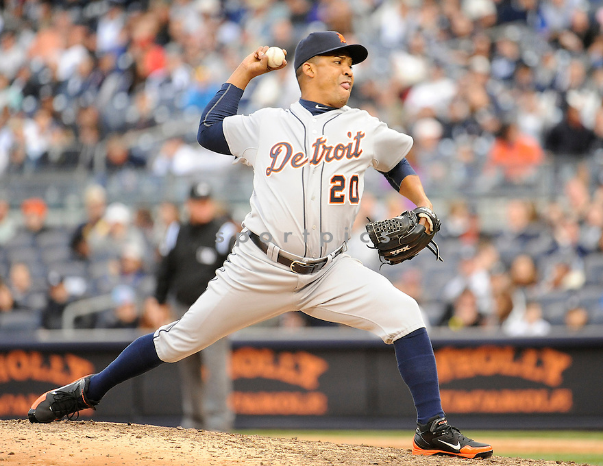 OCTAVIO DOTEL (20), of the Detroit Tigers, in action during the Tigers game against the New York Yankees on April 28, 2012 at Yankee Stadium in New York, NY. The Tigers beat the Yankees 7-5.