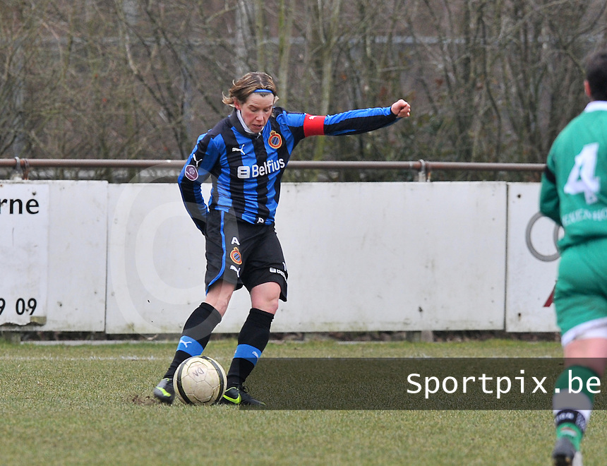 Club Brugge Dames - OHL Oud Heverlee Leuven : Angelique de Wulf .foto DAVID CATRY / Vrouwenteam.be