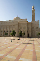 United Arab Emirates, Dubai, Mosque courtyard, Jumeirah