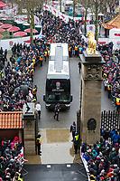 England arrive at Twickenham<br /> <br /> Photographer Bob Bradford/CameraSport<br /> <br /> NatWest Six Nations Championship - England v Wales - Saturday 10th February 2018 - Twickenham Stadium - London<br /> <br /> World Copyright &copy; 2018 CameraSport. All rights reserved. 43 Linden Ave. Countesthorpe. Leicester. England. LE8 5PG - Tel: +44 (0) 116 277 4147 - admin@camerasport.com - www.camerasport.com