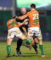 Matt Garvey of Bath Rugby takes on the Benetton Rugby defence. European Rugby Champions Cup match, between Benetton Rugby and Bath Rugby on January 20, 2018 at the Municipal Stadium of Monigo in Treviso, Italy. Photo by: Patrick Khachfe / Onside Images