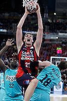 Caja Laboral Baskonia's Tibor Pleiss (c) and FC Barcelona Regal's Nathan Jawai (l) and CJ Wallace during Spanish Basketball King's Cup semifinal match.February 07,2013. (ALTERPHOTOS/Acero)