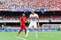 São Paulo (SP), 15/12/2019 - Futebol-Legendscup - Jorge Wagner do São Paulo e Zé Roberto. Partida entre as lendas de São Paulo e Bayern no estádio do Morumbi, em São Paulo (SP), domingo (15).