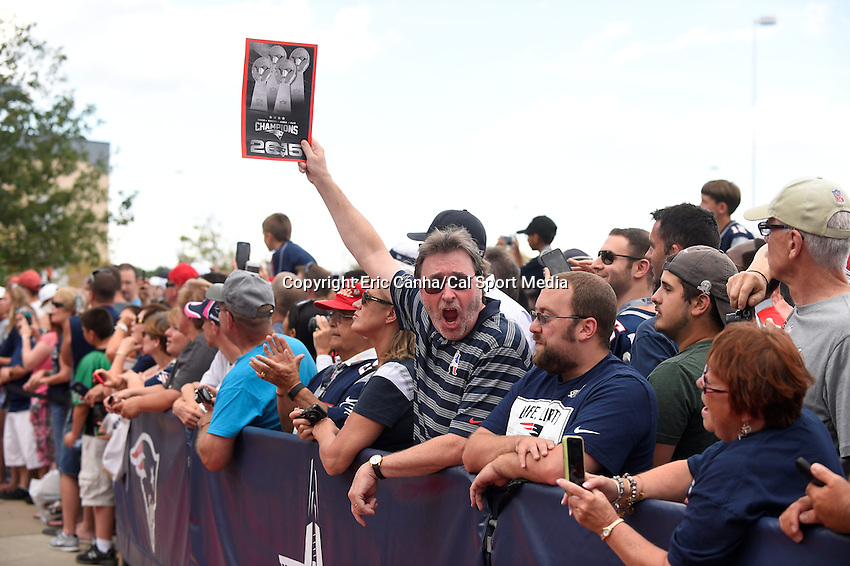 August 5, 2015: A fan holds up a poster during the 2015 Patriots Hall of Fame induction held in front of The Hall at Patriot Place at Gillette Stadium in Foxborough, Massachusetts. Eric Canha/CSM