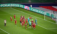 v. l. Bayerns Spieler jubeln / jubelt nach Spielende / celebrate at the end of the match. <br /> Fussball, Herren, Saison 2019/2020, 77. Finale um den DFB-Pokal in Berlin, Bayer 04 Leverkusen - FC Bayern München, 04.07. 2020, Foto: Matthias Koch/POOL/Marc Schueler/Sportpics.de